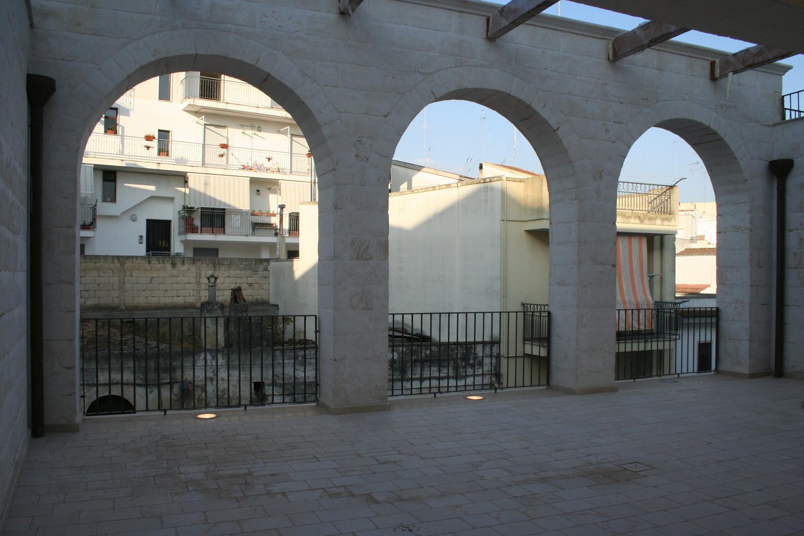 Casa del pellegrino santuario mater domini laterza for Galleria del piano casa